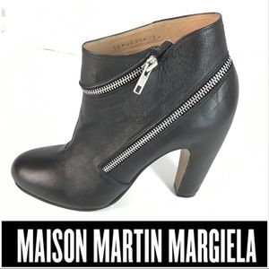 Maison Martin Margiela Black Zip Around Booties